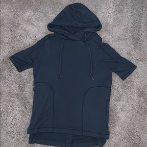 Short Sleeve Hoodie with Pockets!